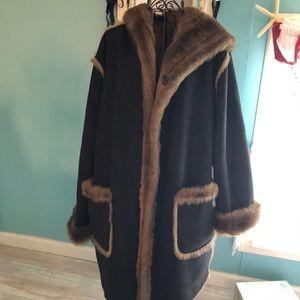 Jackets & Blazers - Dennis Basso reversible fur coat 🧥